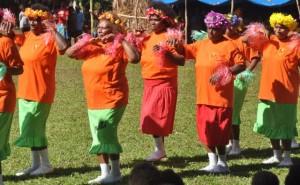 ... und Vanuatu`s Cheerleader