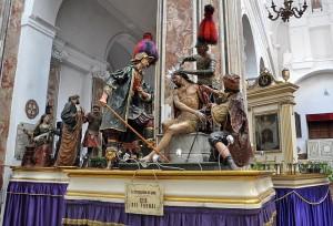 Lebensgrosse Figuren für die Oster-Prozession